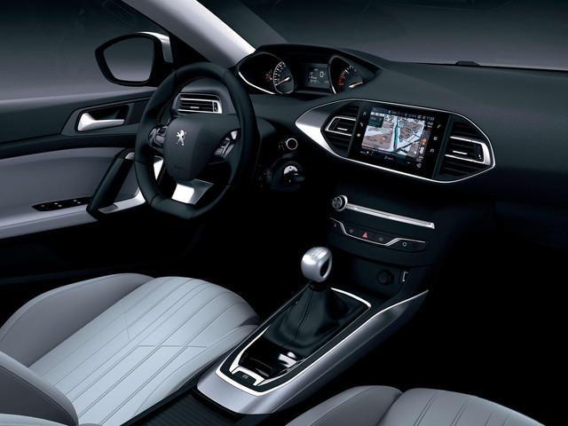 PEUGEOT 308 GT Design luxuriös geräumig