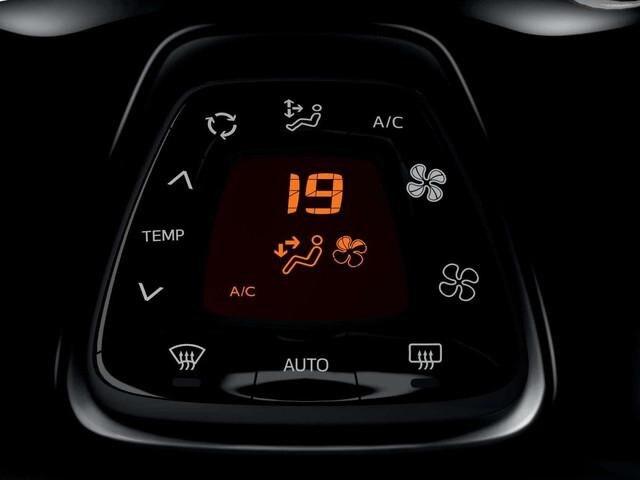 PEUGOET-108-automatische-Klimaanlage