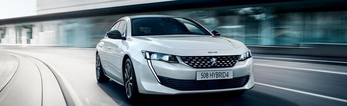 Neuer PEUGEOT 508 HYBRID, die Limousine mit der Plug-In Hybrid-Motorisierung