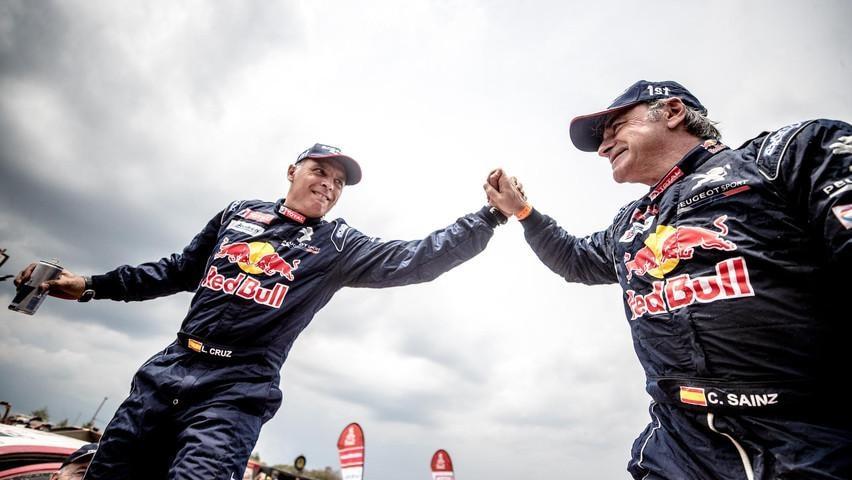 Rallye-Dakar-PEUGEOT-Team-Best-of