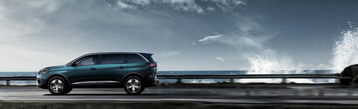 PEUGEOT-5008-Family-SUV-Scan-MyPeugeot