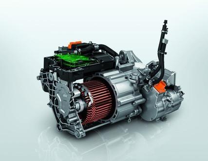 Das-neue-Elektroauto-PEUGEOT-e-2008-Elektromotor