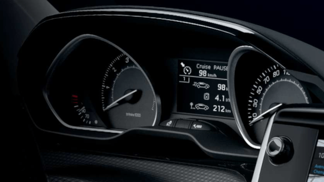 PEUGEOT-208-digitales Kombiinstrument