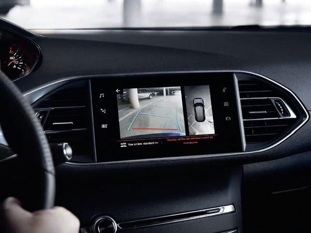 PEUGEOT-308-Tech-Edition-Park-Assist