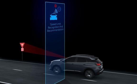 Neuer SUV PEUGEOT 3008 – Verkehrsschilderkennung