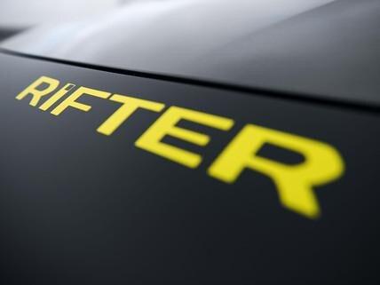 PEUGEOT-Rifter-4x4-Concept-Schriftzug-Rifter-hinten
