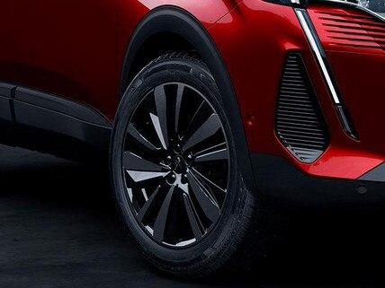 Neuer SUV PEUGEOT 3008 – Black Pack Option – 19 Zoll Leichtmetallfelgen