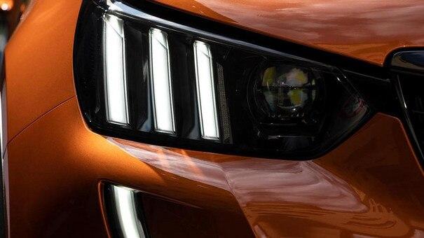 Der neue City-SUV PEUGEOT 2008 – Scheinwerfer vorne