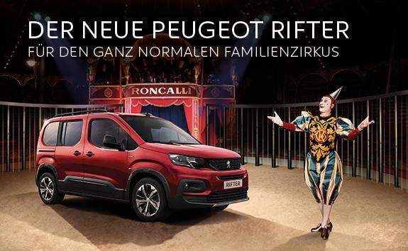 Circus-Roncalli-faehrt-RIFTER