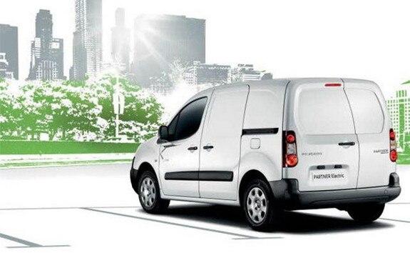 PEUGEOT-Partner-Electric-Elektroauto-mit-5-Sitzen