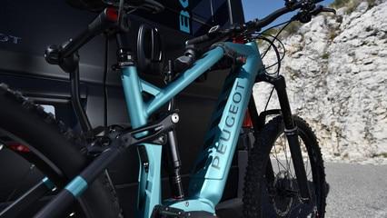 PEUGEOT-Boxer-4x4-Concept-e-Bike