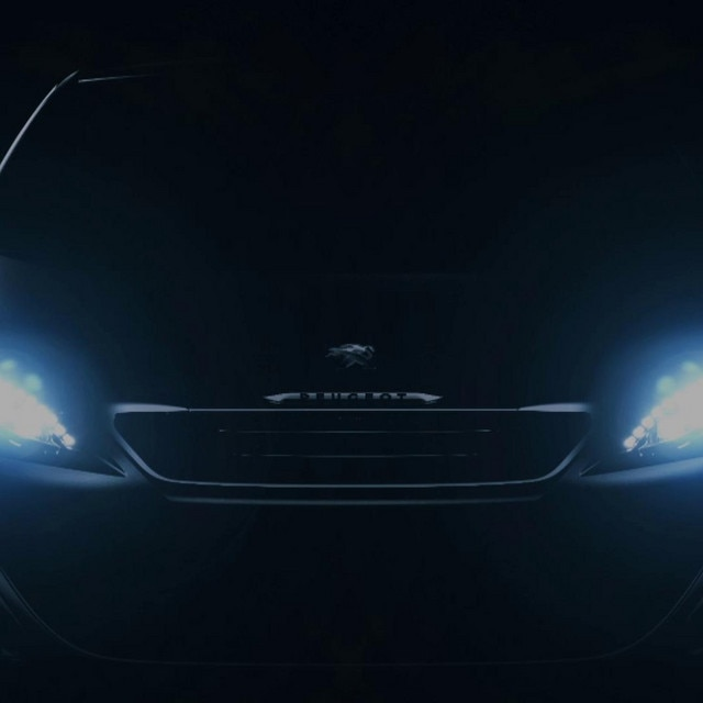 /image/45/9/sign-lumineuse-peugeot-nouvelle-308-video-full1.32459.jpg