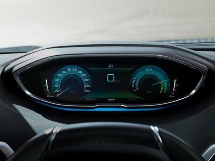Neuer Plug-In Hybrid PEUGEOT 3008 HYBRID – Digitale Anzeige