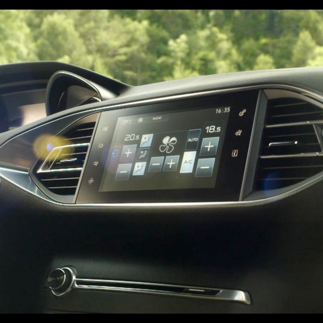 /image/47/0/ecran-tactile-peugeot-nouvelle-308-video-full.32470.jpg
