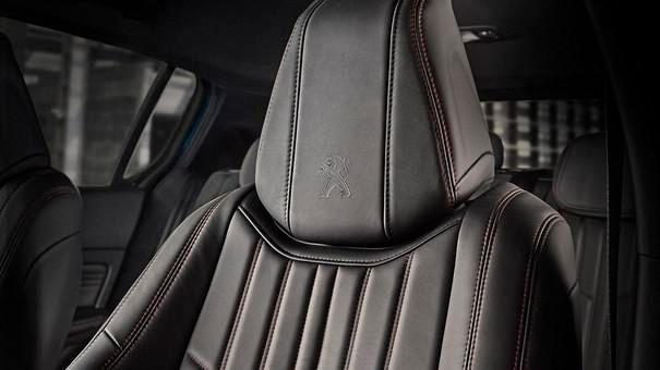 Kompaktwagen PEUGEOT 308 – Komfort – Hochwertige Sitze und Polster