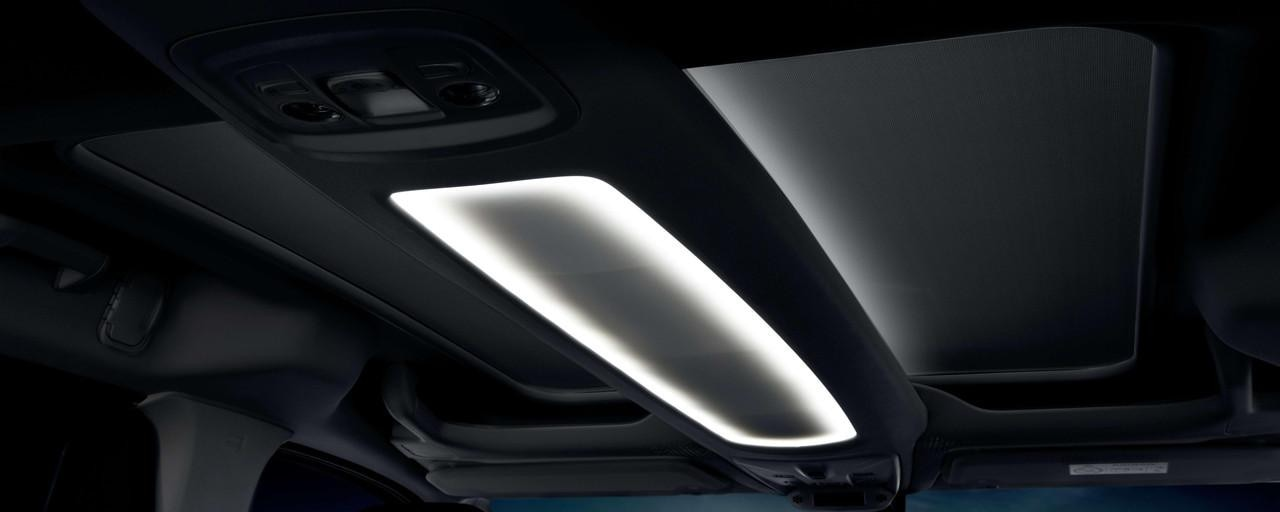 Der neue PEUGEOT RIFTER – Multifunktionsdach Zenith® mit LED-Beleuchtung