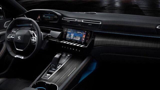 Innenraum des neuen PEUGEOT 508 Limousine