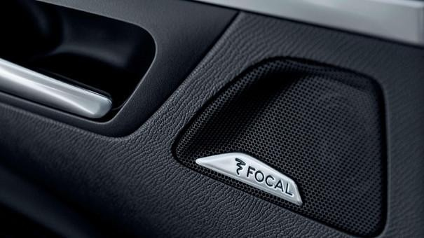 Compact-SUV-PEUGEOT-3008-FOCAL-Audiosystem