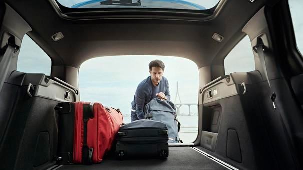 Kombi PEUGEOT 308 SW – Modularitaet – Kofferraum
