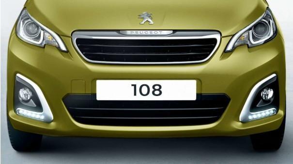 Kleinwagen-PEUGEOT-108-Lichtsignatur