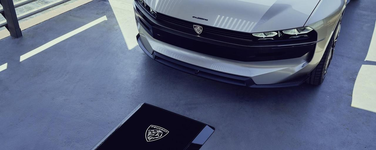 PEUGEOT-Concept-Car-e-Legend-elektrisch