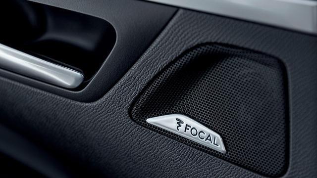 PEUGEOT-5008-Family-SUV-Focal-Soundsystem