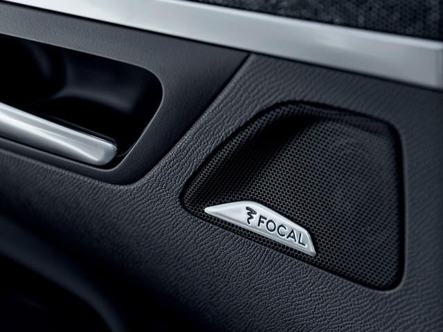 PEUGEOT-5008-Family-SUV-Focal-Soundsystem