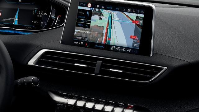 PEUGEOT-3008-Compact-SUV-TomTom-Echtzeit-3D-Navigation