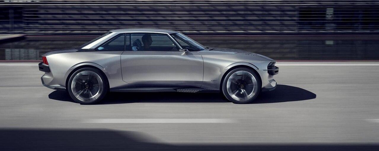 PEUGEOT-Concept-Car-e-Legend-Aussendesign-Seitenansicht