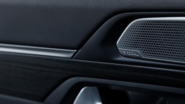 Neue-Limousine-PEUGEOT-508-Audioanlage