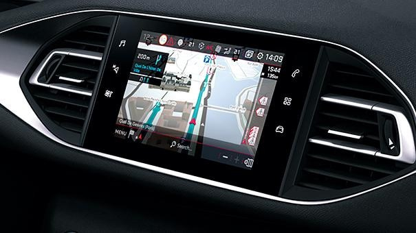 PEUGEOT-308-Tech-Edition-Tomtom-Echtzeit-Navigation