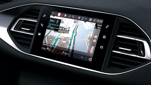 PEUGEOT-308-Tech-Edition-Tomtom-Echtzeit-Navigation