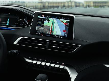 PEUGEOT Connected Serviceleistungen – TOMTOM® Echtzeit 3D-Navigation