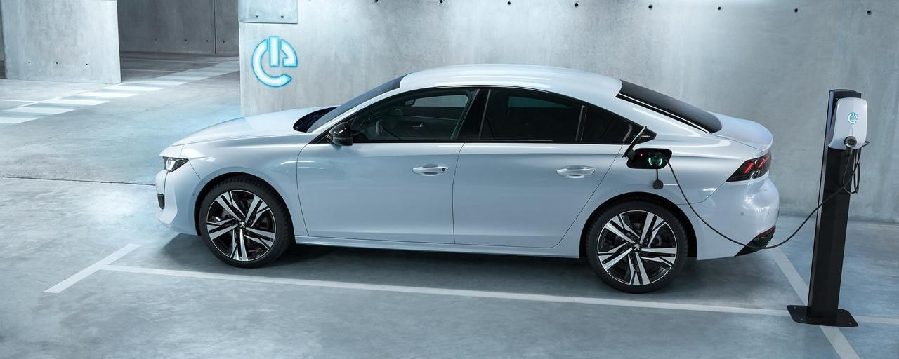 PEUGEOT-Plug-In-Hybrid-Unsere-Modelle-PEUGEOT-508-Limousine-Hybrid